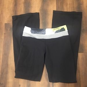 Lululemon Athletica Yoga Pant Size 6 Preowned